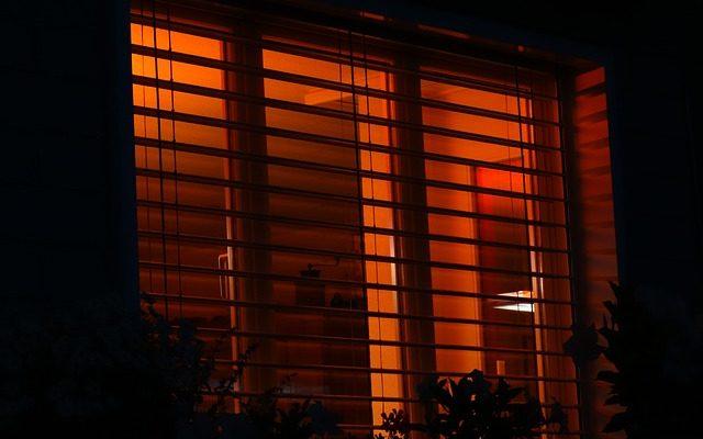 Římské rolety plní dekorativní i stínící funkci