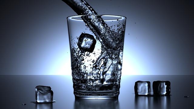 Barelová pramenitá voda? Ideální osvěžení doma či na pracovišti!