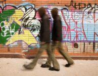 Graffiti na fasádu nepatří: O čištění a ochraně v kostce