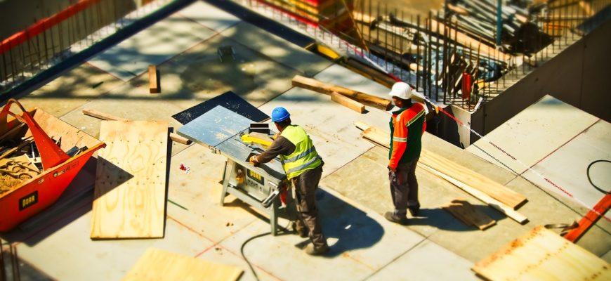 Hledáte specialistu na stavební práce? Víme, na co si dát pozor