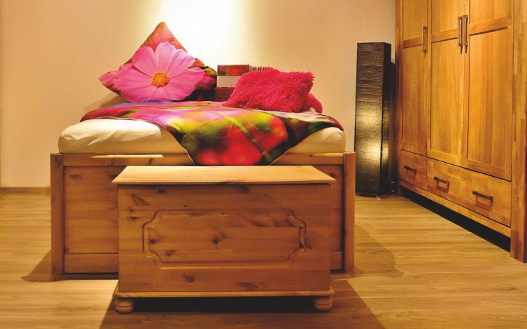 Bedroom Bed Furniture Bed Linen  - Alexas_Fotos / Pixabay