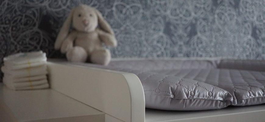 Baby Changing Chest Of Drawers  - Mylene2401 / Pixabay