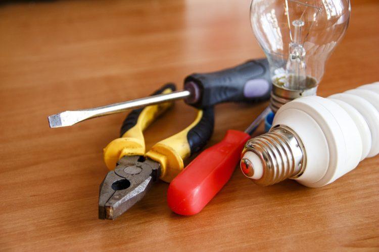 Tool Electricity Electric  - Romario99 / Pixabay