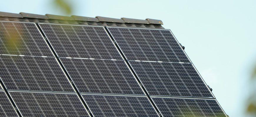 Photovoltaic Solar Energy  - Caniceus / Pixabay